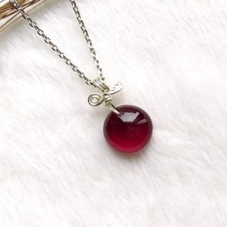 Sweet Candy Candy Glass Necklace - Ruby Red