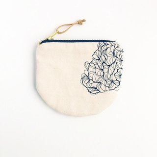 Flower embroidery coin purse, small purse, modern design purse, minimalism purse