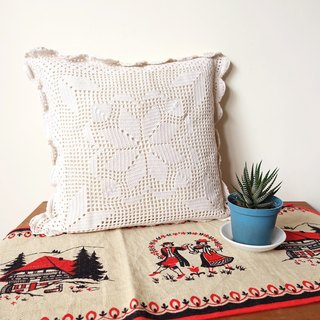 BajuTua / Warm old things / Snowflake #2 Hand hook lace pillow (with pillow)