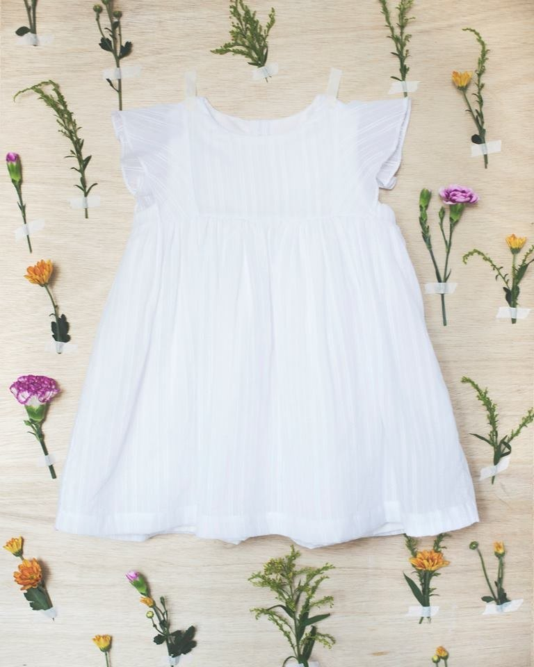 White lotus leaf sleeve baby dress