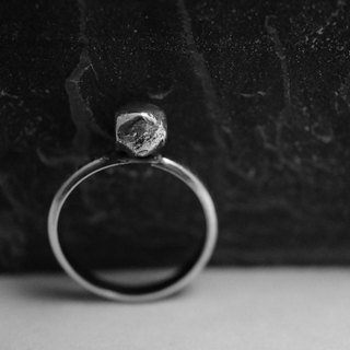 【janvierMade】Dainty Dreamy Sterling Silver Ring / Artisan Dreamy Ring / 925 Sterling Silver Handmade