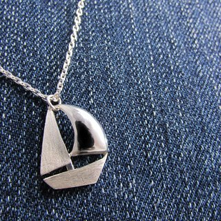 Mittag【NL347】sailboat sailboat designer handmade sterling silver necklace - with brand wood jewelry box, silver polishing cloth...overtake free transport