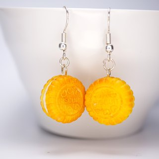 *Playful Design* Sandwich Biscuit Drop Earrings