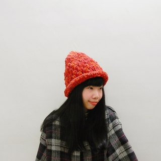 · Crocheted independent Original Series Christmas red pointy hat Christmas gift New Year