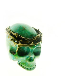 Patina Skull with thorn crown ring in brass with green patina color ,Rocker jewelry ,Skull jewelry,Biker jewelry