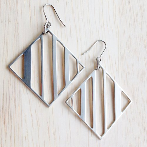 [Order production] earrings / Silver 950SHIKAKU (square) × striped border design