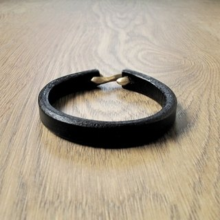 Simple wind hand leather bracelet (black)
