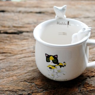Hakka month orange cat white porcelain cup