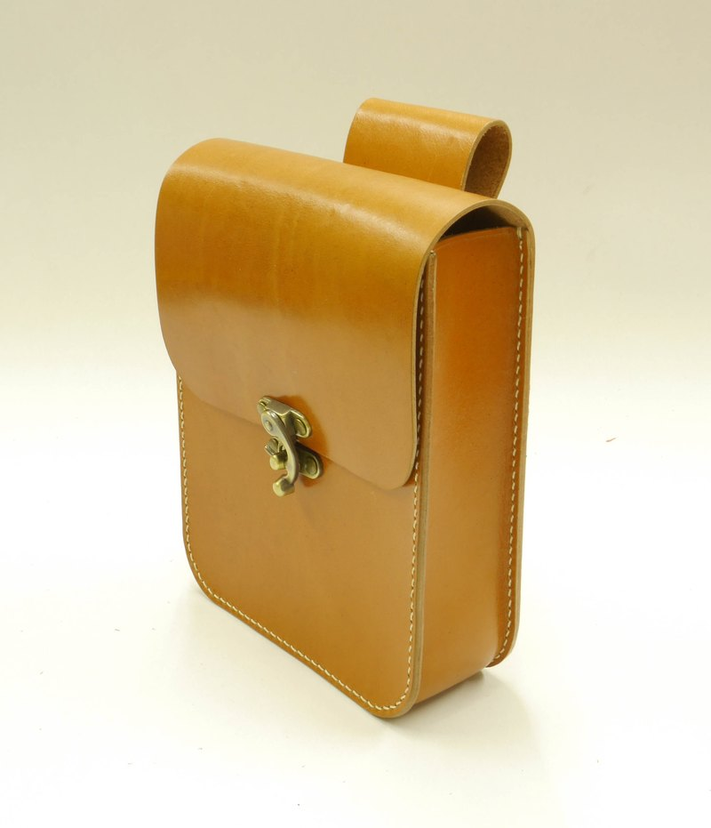 Exclusive orders - Leather Memorial Sew light tea made of leather waist Bag / mobile phone pocket