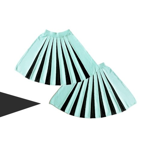 Mint Green Central Pleated Knitted Half Circle Skirt