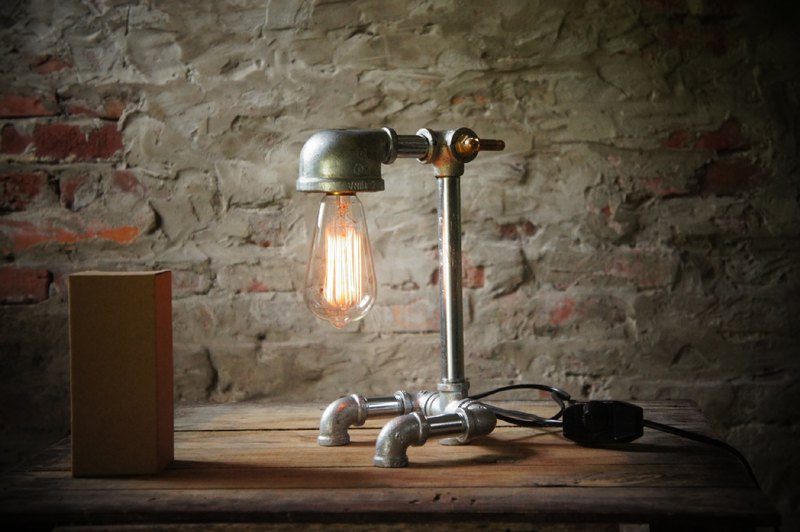 Table lamp/industrial wind/water pipe light/retro light fixture/tungsten light bulb/edison industrial