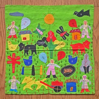 【Grooving the beats】Hand Embroidered Cushion cover / Pillow Cover /   Decorative Pillows/ Pillow Case(Farm)