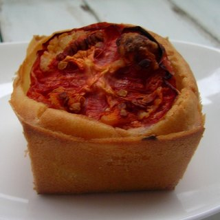 【Tomato Potato Stew】 2-inch French dog cupcakes