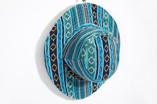 Valentine's Day gift ethnic mosaic of hand-woven cotton hat / knitted hat - blue totem