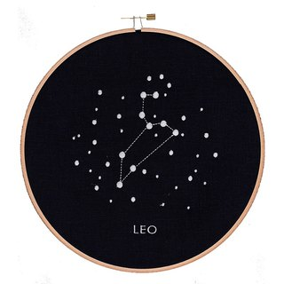 Embroidery hoop: LEO (wooden embroidery frame embroidery hoop Leo).