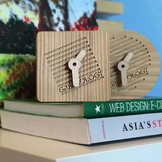 Greenology square wooden clock