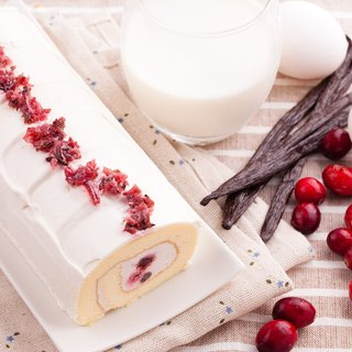 Berry French roll