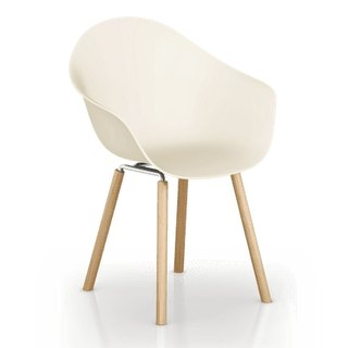 TOOU ArmShell Chair with oak legs (Beige)