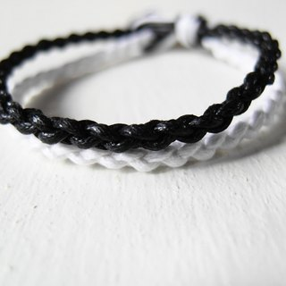 Black and white / hand-woven bracelet