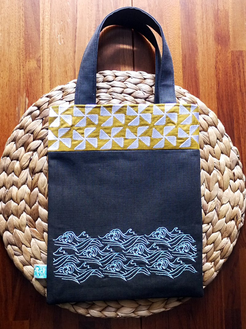 The Sound Of The Wave Of Embroidery Hand Bag Bag Ipad Bag Can Be