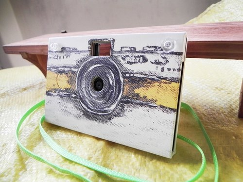 Paper Shoot paper creative paper camera can shoot digital camera Lomo retro exchanging gifts included 4GB SanDisk MicroSD memory card brand Taiwan four kinds of effects (oil painting yellow)