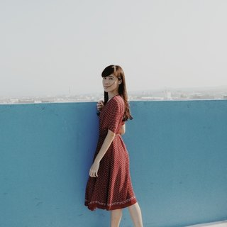 Spend vintage / Nippon castle red dress