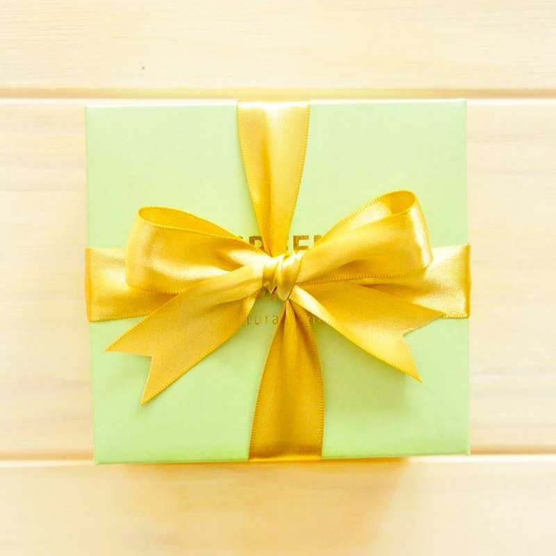 Gift wrapping classic gift box and ribbon