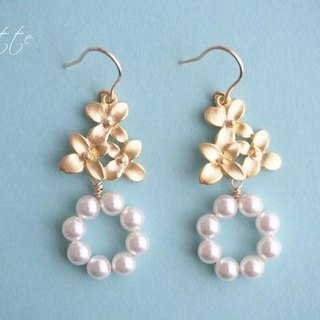 Petit Flower triple earrings