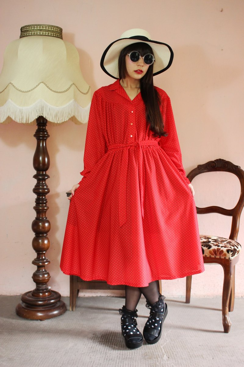 F1129 (Vintage) red white point with waist straps long sleeve vintage dress