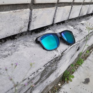 Sunglasses│Black Frame│Green Lens│ UV400 protection│2is Scott