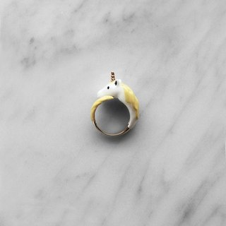 Unicorn ring yellow