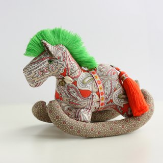 Even shook his hand-sewn Maputo / decorations (orange bottom fabric / green orange mane) - Fabric Rocking Horse
