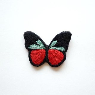 Retro style butterfly handmade embroidery brooch