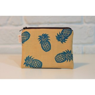 Season series _ pineapple fruit totem yellow purse money