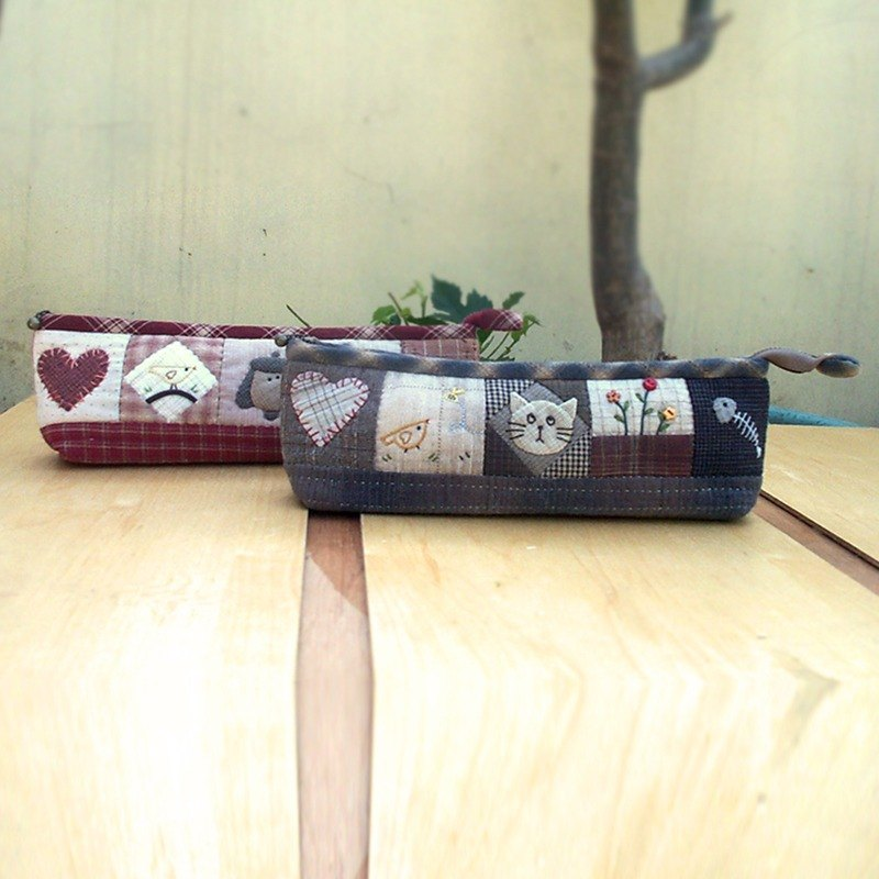 Cute cat pencil box (blue) / Ms. Sally pencil case (red) - hand-made material package