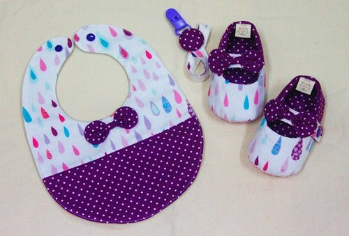 Color raindrop ~ shoes + bag + Pacifier chain births ceremony. The full moon ceremony