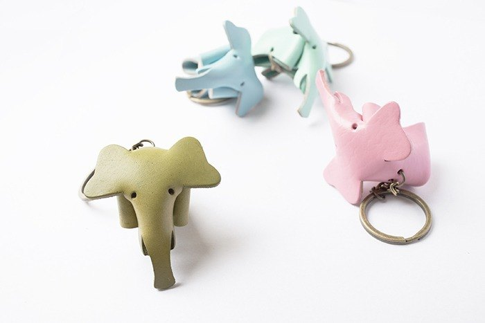 Birthday gift Little OH! Handmade leather elephant key ring customized graduation gift