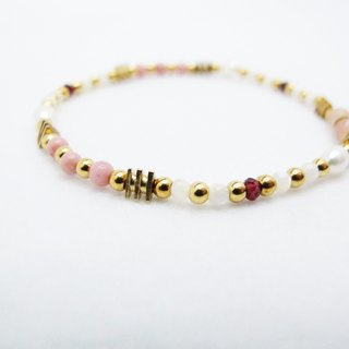 Garnet Pearl Bracelet (047) - Under the Wood Hibiscus