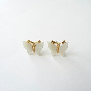 ::Impressionist Garden:: MOP Shell Butterfly Stud Earrings