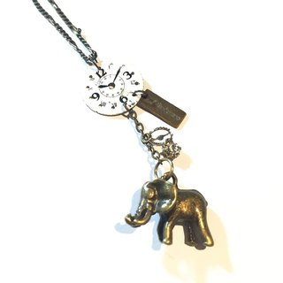 1960 Steampunk steam punk elephant necklace