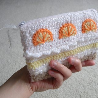 Hand-crocheted cell phone bag / cosmetic bag / zipper bag - orange cake taste