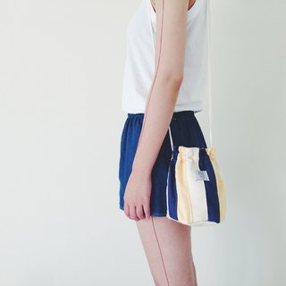 :::Bangstree:: Shoulder Bucket Bag -DarkBlue+White+LightYellow