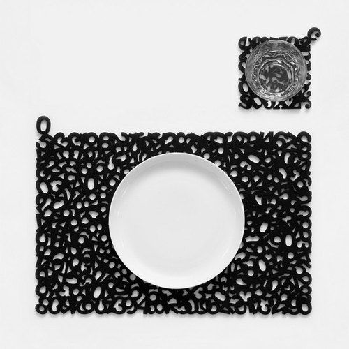 Little Factory digital placemats · Black · four