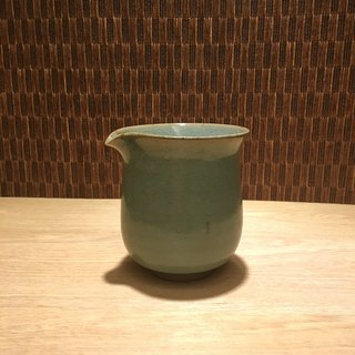 Hand made celadon tea sea