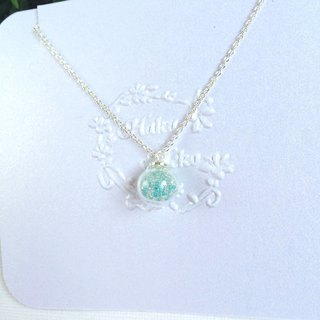 *Haku‧Neko*mint green glass ball gel beads necklace