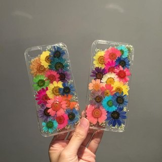 Colored chrysanthemum flower phone shell