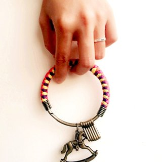 【UNA-Younuo hand-made】 Keychain (large) 8.8CM can be opened under a single hand-woven lanyard iron ring Customized