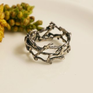 Fancy Moon * Reborn Bristle ‧ Ring in Sterling Silver