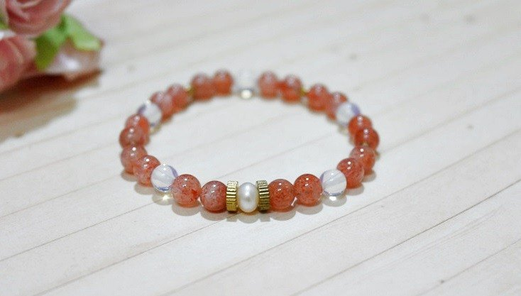 Natural stone x brass bracelet _ sweet berry strawberry crystal # # # # opal