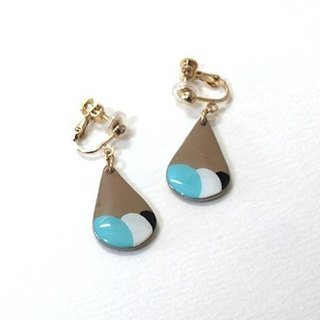 Ice cream retro teardrop-shaped earrings ear / cramping